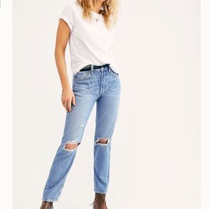 👖NWT FREE PEOPLE HIGH RISE MOM JEANS Size 27